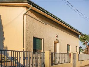 Four-Bedroom Holiday Home in Viareggio -LU-
