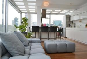 Design Duplex Terrace Rothschild area #TL23