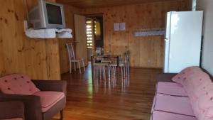 Casa de madeira em Caxias do Sul, Prázdninové domy  Caxias do Sul - big - 35