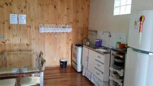 Casa de madeira em Caxias do Sul, Prázdninové domy  Caxias do Sul - big - 21