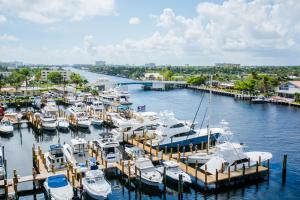 Sands Harbor Resort and Marina, Hotels  Pompano Beach - big - 35