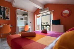 La Voliera, Bed and breakfasts  Rome - big - 90