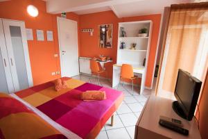 La Voliera, Bed and breakfasts  Rome - big - 91