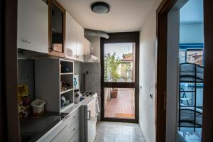 La Voliera, Bed and breakfasts  Rome - big - 72