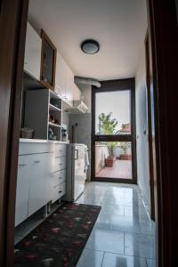 La Voliera, Bed and breakfasts  Rome - big - 76