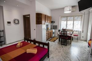 La Voliera, Bed and breakfasts  Rome - big - 42