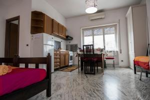 La Voliera, Bed and breakfasts  Rome - big - 67