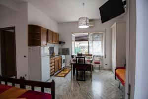 La Voliera, Bed and breakfasts  Rome - big - 69