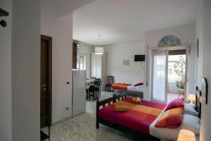 La Voliera, Bed and breakfasts  Rome - big - 50