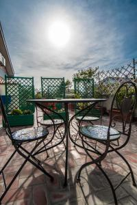 La Voliera, Bed and breakfasts  Rome - big - 125