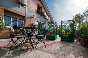 La Voliera, Bed and breakfasts  Rome - big - 118