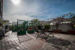 La Voliera, Bed and breakfasts  Rome - big - 117