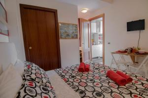 La Voliera, Bed and breakfasts  Rome - big - 46