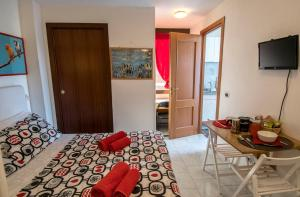 La Voliera, Bed and breakfasts  Rome - big - 43
