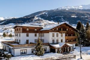 Prenota Hotel Vallecetta