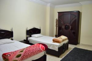 Elsraya Studios and Apartments (Families Only), Apartmanok  Alexandria - big - 155
