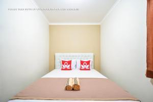 Kebagusan Indah Guest House In Jakarta Room Deals