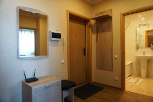 Like at home on Pozharnaya 35, Apartments  Oryol - big - 16