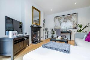 Entire Home in Islington sleeps 4 with garden, Apartments  London - big - 6