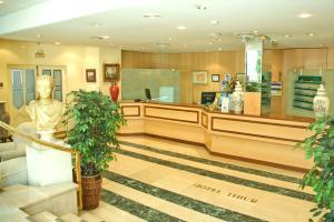 Hotel Tibur, Hotel  Saragozza - big - 32