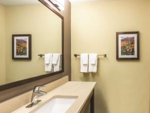 La Quinta Inn & Suites Durango, Отели  Durango - big - 17