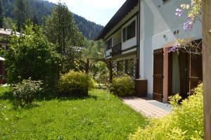 Casa Collini, Ferienwohnungen  Pinzolo - big - 80