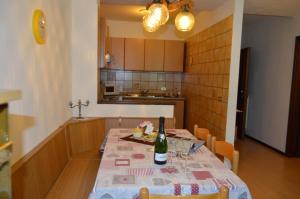 Casa Collini, Ferienwohnungen  Pinzolo - big - 137
