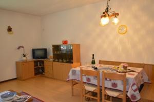 Casa Collini, Ferienwohnungen  Pinzolo - big - 136