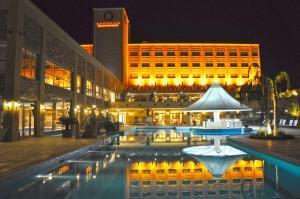 Amerian Hotel Casino Carlos V - Termas de Río Hondo