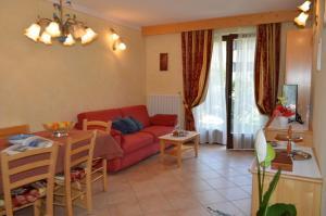 Casa Collini, Ferienwohnungen  Pinzolo - big - 73