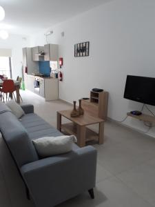 Criholiday Apartment in Central Area, Apartmány  Mellieħa - big - 1