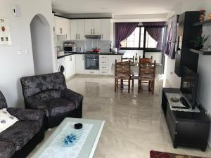 Peyia Imperial, Apartments  Peyia - big - 55
