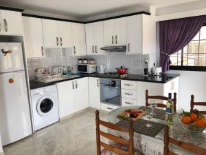 Peyia Imperial, Apartments  Peyia - big - 76