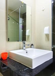 Galaxy 3-Bedroom Apartment, Apartmány  Ho Či Minovo Město - big - 37