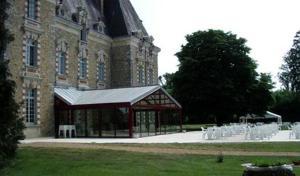 Au Chateau de Montbraye