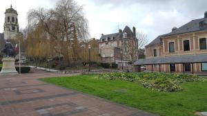 Le Clos Notre Dame, Ferienwohnungen  Honfleur - big - 20