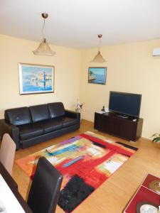 Apartment Pletenci Seaview