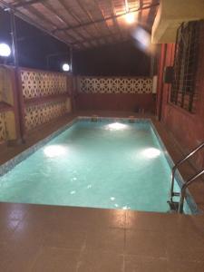 2 bhk AC Bungalow with swimming Pool, Villák  Lonavala - big - 11