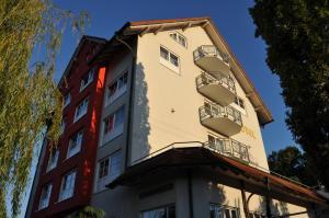 KIRCHERS PARK-HOTEL KAISERSTUHL****