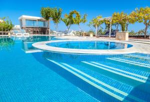 Santorini Mesotopos, Апарт-отели  Тира - big - 71