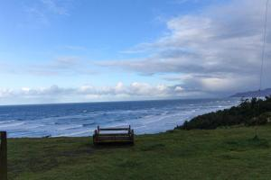 Cliffside Retreat, Prázdninové domy  Newport - big - 3