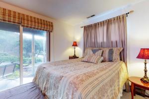 Cliffside Retreat, Prázdninové domy  Newport - big - 15