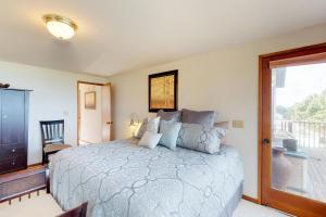 Cliffside Retreat, Ferienhäuser  Newport - big - 17