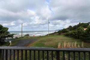 Cliffside Retreat, Ferienhäuser  Newport - big - 18
