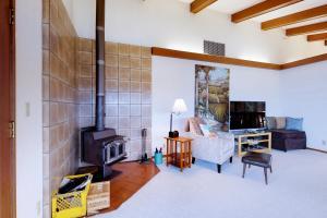 Cliffside Retreat, Prázdninové domy  Newport - big - 21