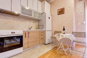 Jovana Apartment, Apartments  Budva - big - 32