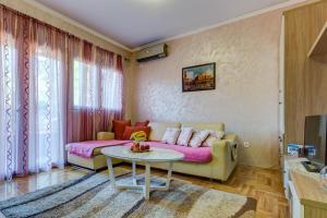 Jovana Apartment, Apartments  Budva - big - 33