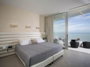 Hotel Waldorf- Premier Resort, Hotely  Milano Marittima - big - 58