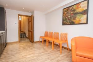 2 Bedroom Apartment in Fulham Sleeps 4, Apartmány  Londýn - big - 15