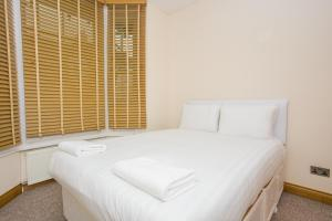 2 Bedroom Apartment in Fulham Sleeps 4, Apartmány  Londýn - big - 14